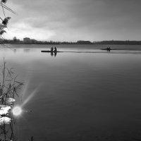 В поисках утонувшего солнца :: Лидия Цапко