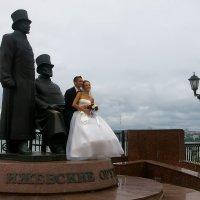 Посидим по о-ка-ем на коленях у ижевских кафтанщиков :: Владимир Максимов