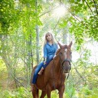 Алёна на коне! :: Ева Олерских