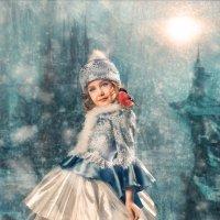 снегурочка под луной :: Александр Барденцев