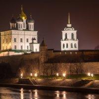 Псков... Ночь... :: Алексей Данилов