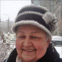Снег идёт на радость нам! :: Нина Корешкова