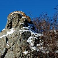 Образ Богородицы, высеченный в скале :: Михаил Кузнецов