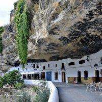 Дома - пещеры.   Андалусия, Испания. :: Виталий Половинко