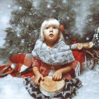падает снег... :: Ирэна Мазакина