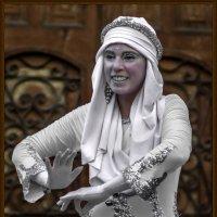 И снова стоит статуя... :: Shmual Hava Retro