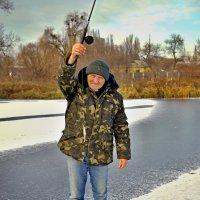 радость зимней рыбалки :: юрий иванов