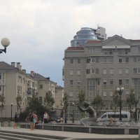 Новый, старый город :: Gennadiy Karasev