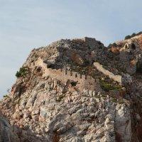 Турецкая стена на скале :: Артем Бардюжа