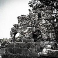 Руины античного города :: Дмитрий Перов