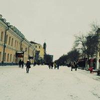 Зима в город пришла :: Ирина Бакутина