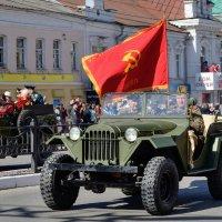 ГАЗ-64 в победном строю! :: Анатолий Сидоренков