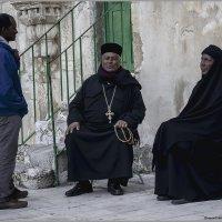 Эфиопские монахи и прихожанин-беседа«Израиль, всё о религии...» :: Shmual Hava Retro