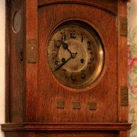 очень старые часы :: александр