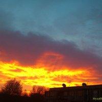 Горит небо :: Мухаббат Юлдашева