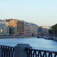 Река Фонтанка. Утро и прогулка. :: Владимир Гилясев