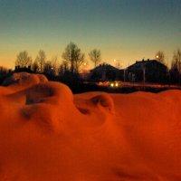 Молочное.Цветные снега :: Валерий Талашов