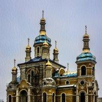 Строящийся храм :: Владимир Кроливец