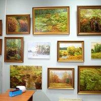 В галерее. :: Николай Масляев