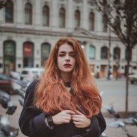 Маша и голуби :: Елена Гой