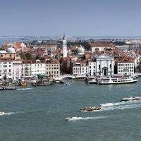 Венеция, вид с колокольни Сан Джорджо Маджоре :: Виталий Авакян