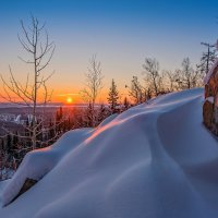 Утро в горах :: vladimir