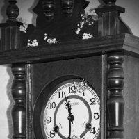 старинные часы :: Элла Молчанова