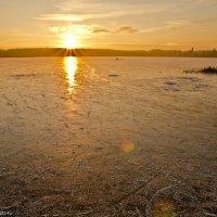 Ледяное озеро. :: Виктор Евстратов