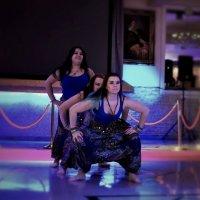 Танцы по-индийски :: Семен Кактус