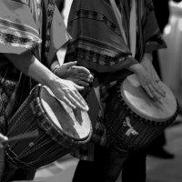 Африканские барабаны :: Семен Кактус
