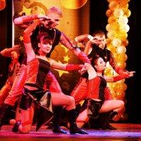 Танец :: Владимир Болдырев