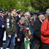 9 Мая, возложение цветов к Монументу Славы :: Дмитрий Конев
