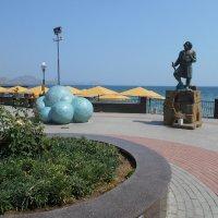 Памятник Волошину :: Сергей Грымов