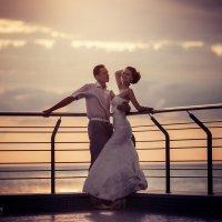 На закате возле речки... :: Евгений Ланин