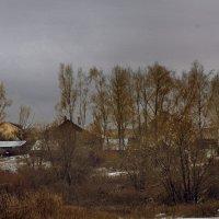 У деревни... :: Юрий
