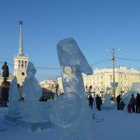 Новогодняя мелодия (ледяной саксафон) :: Галина