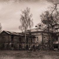 Когда-то здесь кипела жизнь... :: Александр Стоялов