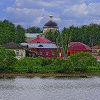 Городок на Волге :: Владимир Воробьев