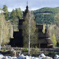 Деревянная лютеранская Ставкирха в городишке Гуль (GOL) 11 - 12 век :: Елена Павлова (Смолова)