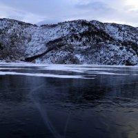 Сибинское озеро,стою на льду. :: Наталья Бридигина