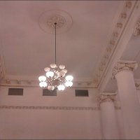 На вокзале, как в музее :: Нина Корешкова