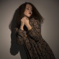 девушка в студии :: Дмитрий Новиков