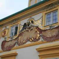 Лепной декор стены дворца :: Gennadiy Karasev