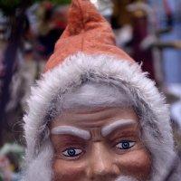 На свете бывают не только злые Деды Морозы. :: Alex Haller