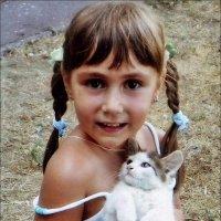 С любимым котёнком :: Нина Корешкова