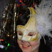 Кошечка в маске. :: Anna Gornostayeva