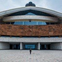 Спортивно развлекательный комплекс и Мика. :: Miroslav Voskanov
