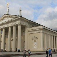 Центральный костел. Вильнюс :: Gennadiy Karasev