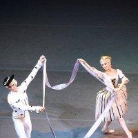 Танец пастушков :: Галина