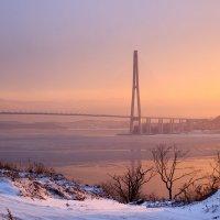 Зимний закат близ Русского моста :: Денис Ахрамеев